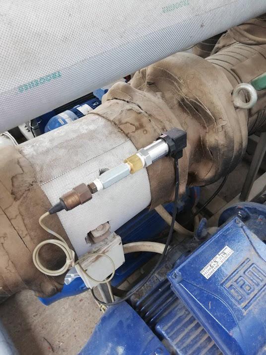 Sensor de presión funcionando en planta